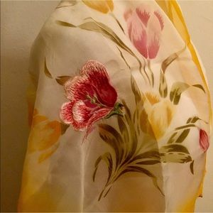 Post war embroidered tulips neck scarf